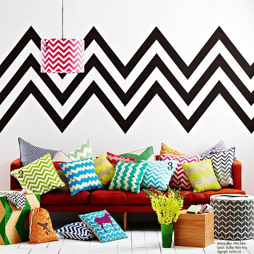 that's a lotta chevron: Chevron Patterns, Living Rooms, Chevron Rooms, Chevron Pillows, Dreams House, Interiors Design, Chevron Wall, Design Home, Chevron Stripes