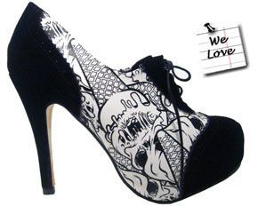 Iron Fist shoes ... <3