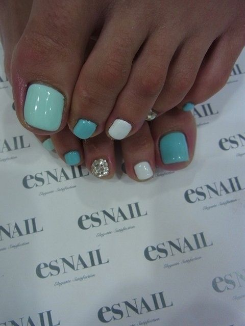 MELISSA – Mint pedi @ Hair Color and Makeover Inspiration
