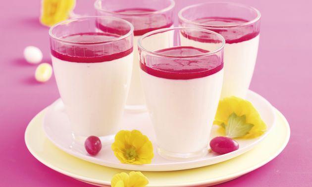 Crème bavaroise et coulis de framboises: Mélanger les ingrédients jusqu'au sucre inclus. Porter lentement au seuil d'ébullition en remuant constamment ...