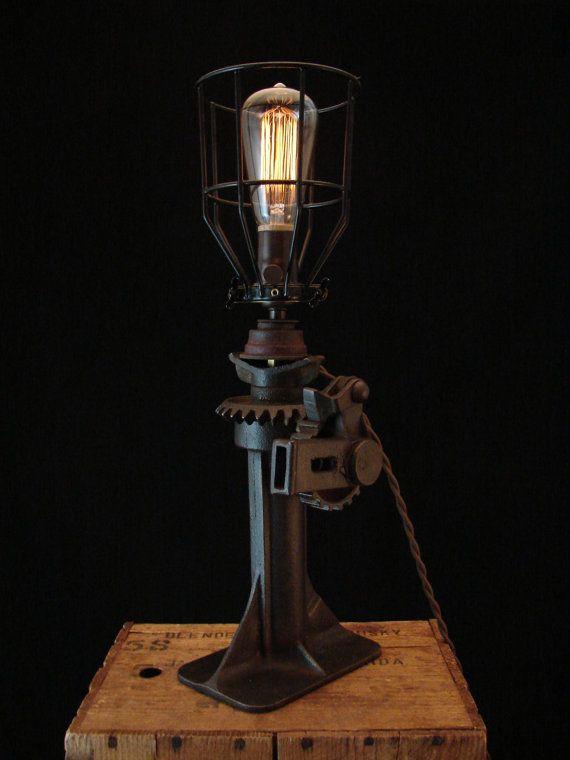 Vintage Car Lamp 97