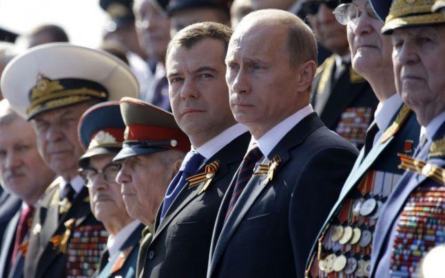 Colonelul Vladimir Vladimirovici Putin...alesul, aleşilor (6): Omul care preferă să fie spânzurat pentru loialitate