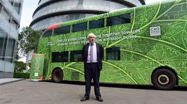Londres : les bus à impériale passent à l'électrique