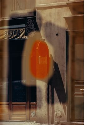 Ernst Haas: Color Correction. First edition 2011, my edition 2016. Alongside his commercial work Haas shot for pleasure, and it is a small number of these pictures that are reproduced in the book. Images of great sophistication which rival the best work of his colleagues Look into the book here: https://vimeo.com/186399049