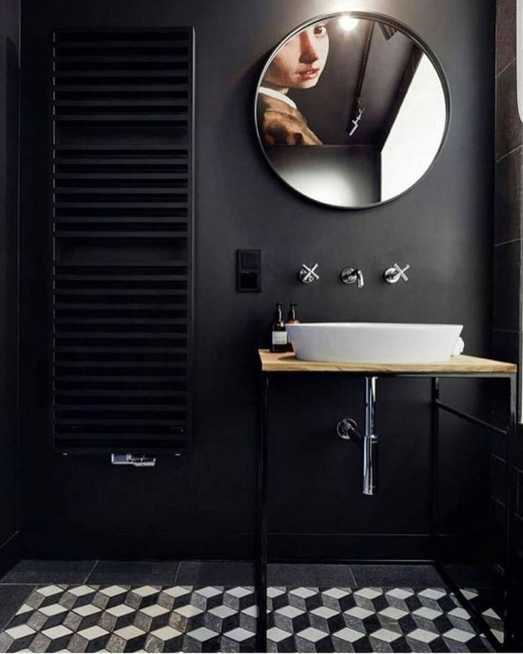 When you see a room design and want to change your entire decor. That. . . The smallest room in the house can be glamorous too, clearly. . . Circular mirrors are on my early 2017 must-have list too. . . There has been a lot of bathroom  action recently, no, not that. I mean lots of pins and snaps of hotel bathrooms and restaurant toilets.... thats the festive season for you, more drinks and work parties means more time in commercial conveniences 🛁 (no loo emoji??) . . 📷: @bagnostation