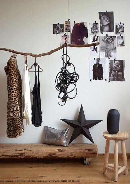 Slaapkamer (tak ophangen als kledingrek ipv alles op een stoel gooien)