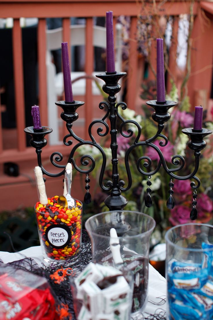 25 best ideas about halloween themed weddings on for Modern halloween decor