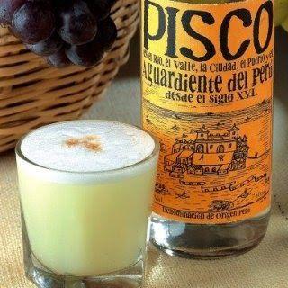 Receita enviada por: Belinda Malca  Receita tradicional do Perú O Pisco Sour, também conhecido como Pisco Sauer, é um dos símbolos da...