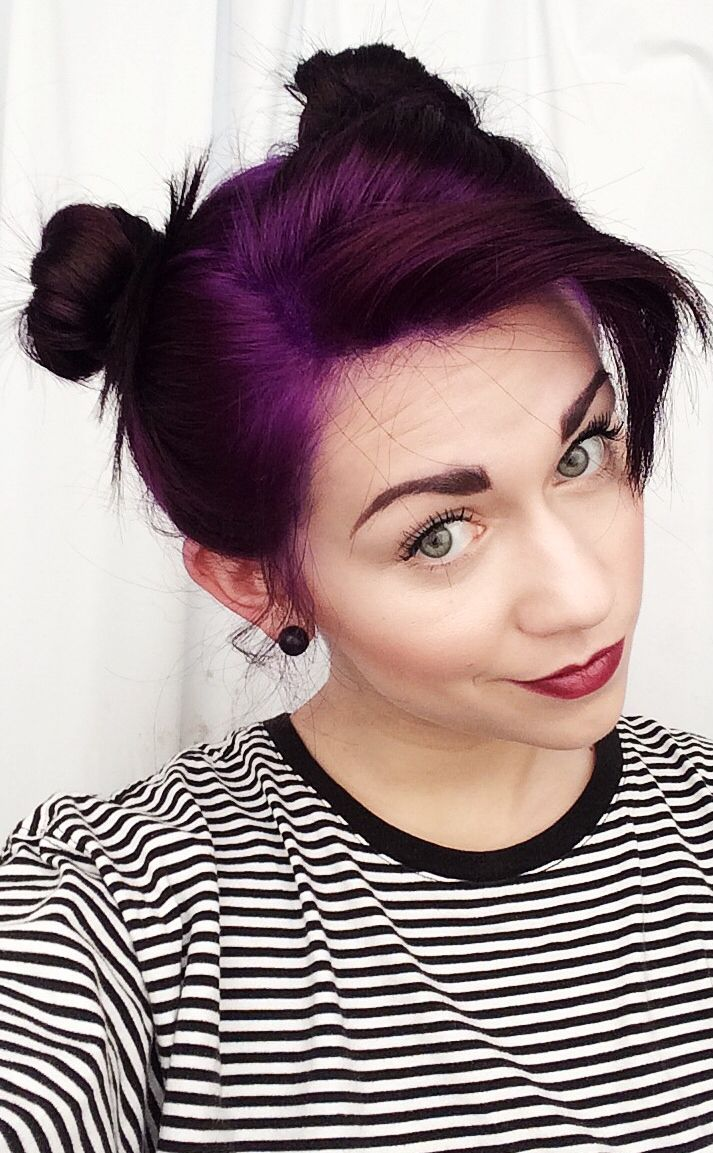 This is the color I wanted that one time I asked my stylist to dye my hair and it turned out purple af haha