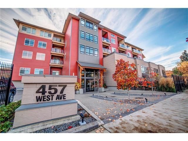 Apartment in Kelowna  View Listing - http://www.terlesky.com   Listing Info:  Price: $557000.00  Listing Status: active Bedrooms: 2 Bathrooms: 2  Description:               WEST CONDO! Live in one of the most bright and open floor plans backing onto Abbott Park, just steps to the beach, shopping, and restaurants.  Contact Details: Listing Agent: Gino Dal Ponte Phone No: 250-212-5115 Toll Free: 1-877-212-5111 City: Kelowna       #canadarealestate #realtorskelowna #kelowna #westkelowna