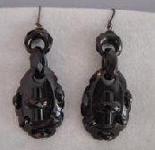Sibbliing earrings