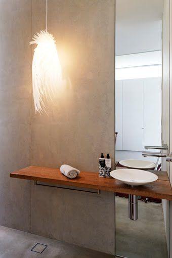 Minimalist design. Clever use of mirror.