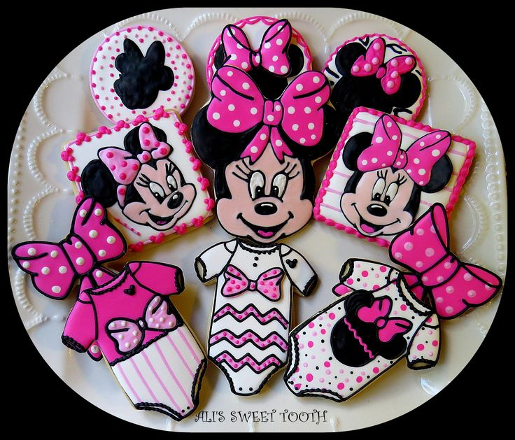 Minnie mouse baby shower cookies - These are far from perfect, but I tried about ten different techniques making them.lol