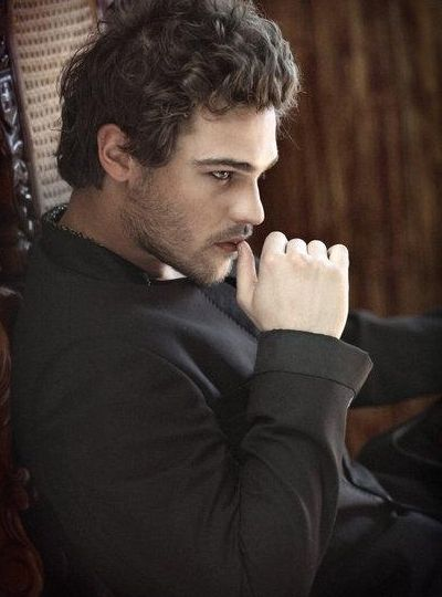 Grey Damon Photo: #lesleybryce