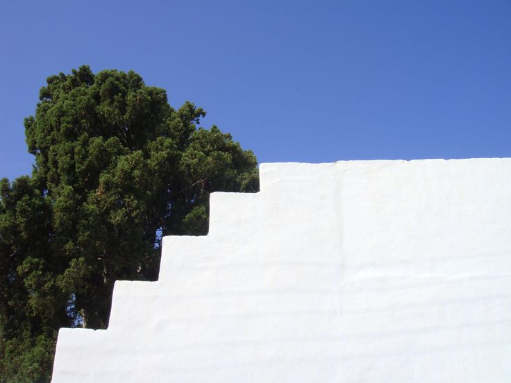 Three colours in Cyclades