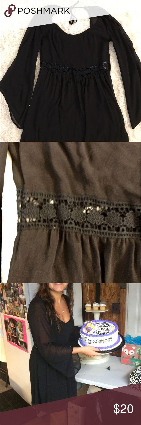 M black Hollister dress Pretty black Hollister dress. Used two times. Hollister Dresses Mini