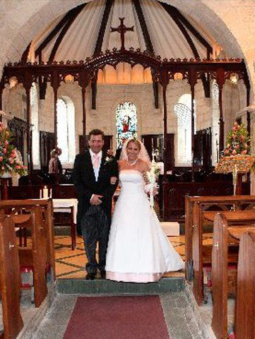 Book your wedding with Tropical Weddings Barbados and stay at Time Out Hotel, and get the following deal:   1) Discounted Room Rate. 2) Complimentary Upgrade. 3) Complimentary bottle of Sparkling Wine. 4) Your wedding night is free!