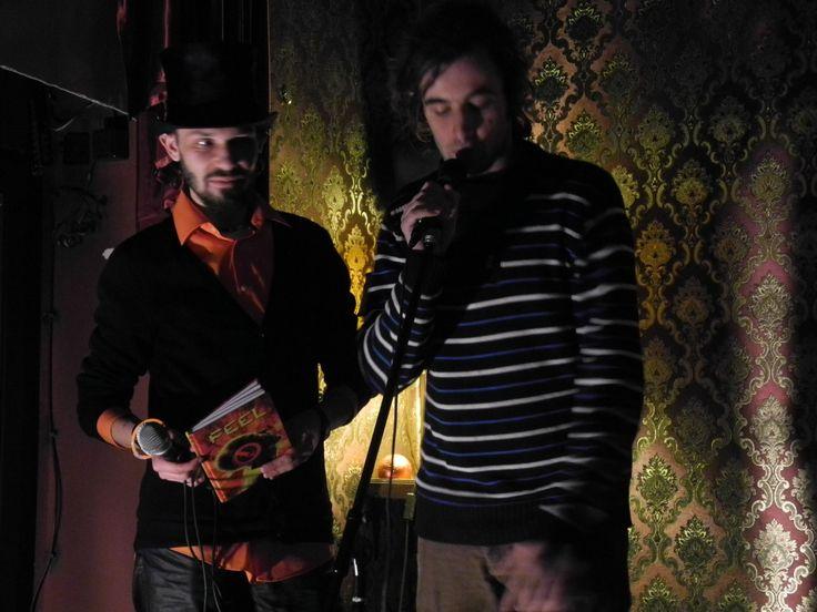 At a poetry slam competition in Berlin, location: kvartier 62 (Kreutzberg), december 2013 Poetry-Slam-Wettbewerb russischsprachiger Poeten im russischen Pub Kwartier 62 (Berlin Kreutzberg), Dezember 2013