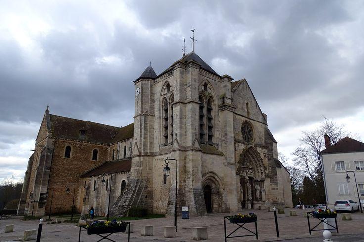 Basilique Notre Dame de Bonne Garde, Longpont sur Orge