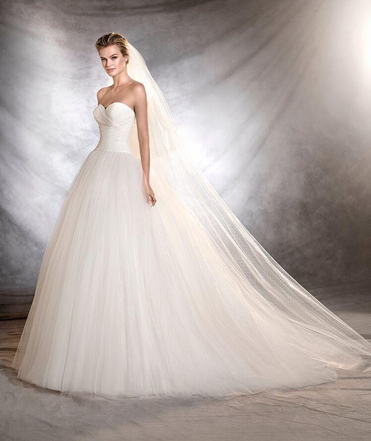 OZANA - Robe de mariée, silhouette princesse et décolleté en cœur