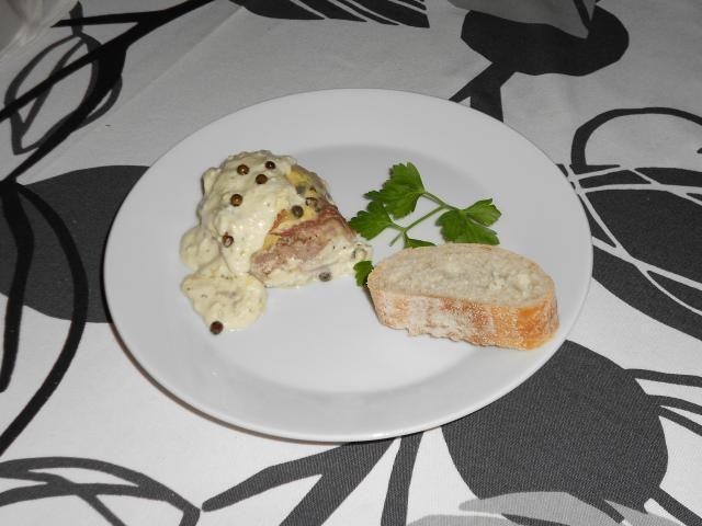 Überbackenes Schweinefilet in Käsesauce Rezept - [ESSEN UND TRINKEN]