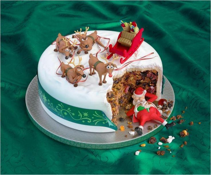 112 best images about Christmas Cakes on Pinterest ...