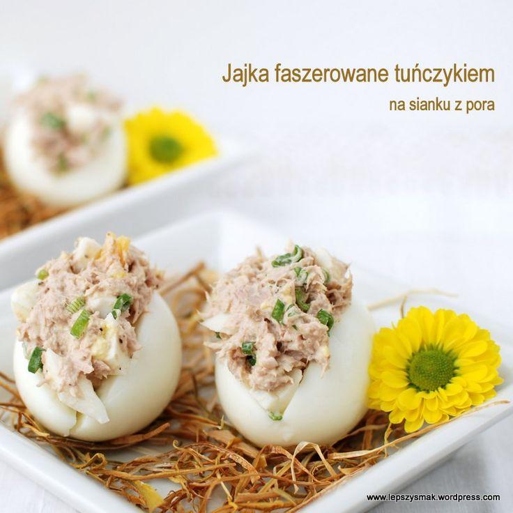 Połączenie jajek i tuńczyka daje naprawdę bardzo smakowite efekty. Wiele osób zapewne próbowało już sałatek z tymi składnikami. Dzisiaj wersja Wielkanocna tego dobranego Duetu. Dopełnieniem niech b…