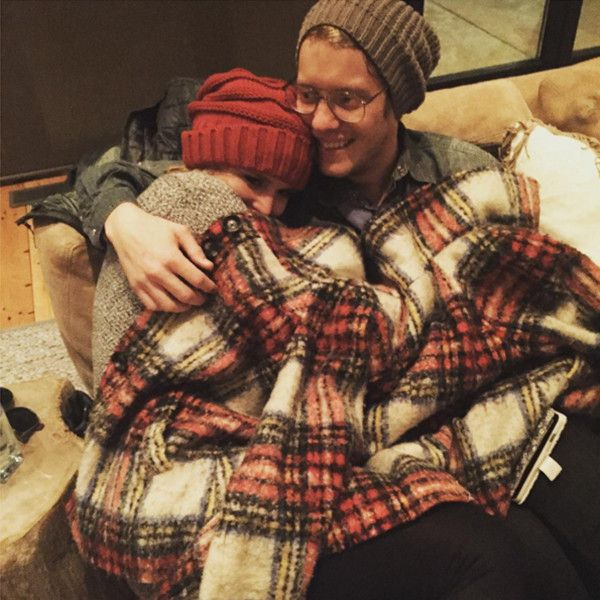 Miranda Lambert & Anderson East Snuggle in First Photo, 5 Months After Blake Shelton Divorce  Miranda Lambert, Anderson East