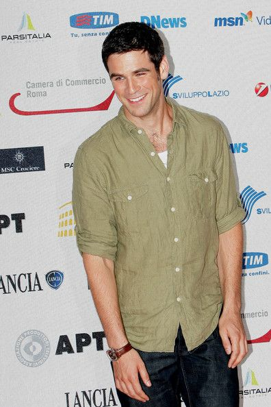 Eddie Cahill from Miracle on Ice and CSI NY. Yes.