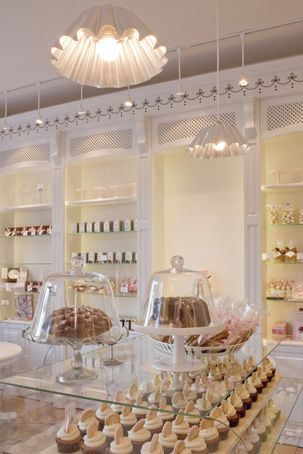 Peggy Porschen Cake Parlour Interior of the shop I mentioned in Jo Malone store pin. Absolutely love the style of this store and Peggy Porschen is a huge inspiration to me.