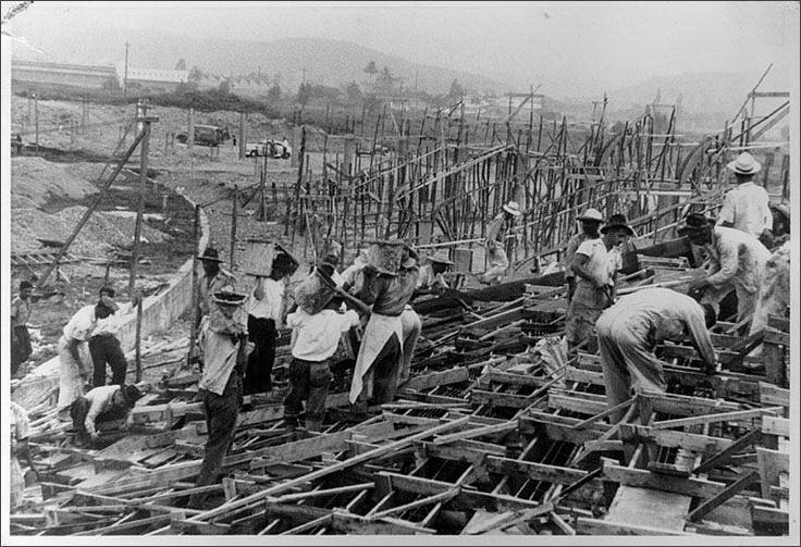 Comienzo de la construcción del Atanasio