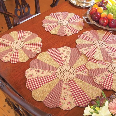 Dresden Plate Placemats | CraftLovers - where crafters come together