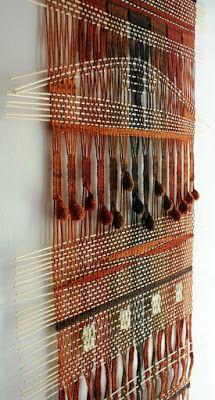 Telaresytapices .... Maria Elena Sotomayor : telar de lanas delgadas....fino ( 70 x 150 cms.) (...