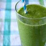 shared via nutiva.com - Parsley, Kale, Cashews & Lime Smoothie with #coconut oil and #hempseed
