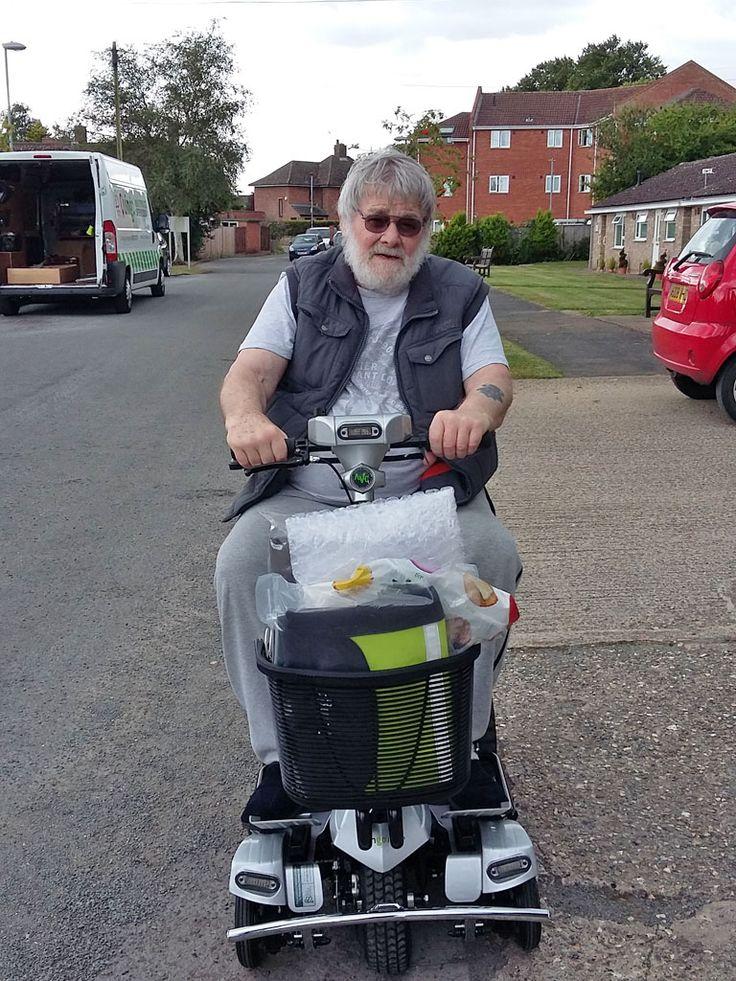 Mr Tom Fogarty on his Flyte mobility scooter www.quingoflyte.co.uk