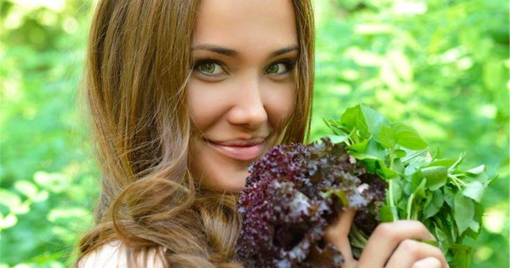 Κι όμως, είναι αλήθεια. Υπάρχει μια δίαιτα που σας κάνει να αισθάνεστε χορτάτοι και ικανοποιημένοι, χωρίς να νιώθετε έντονες λιγούρες μέσα σ...