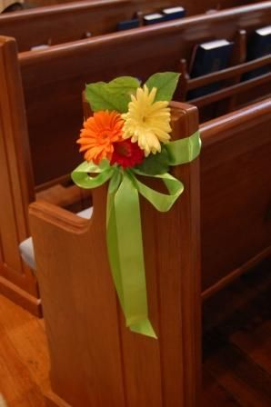 gerber daisy wedding pew decorations | pew marker of bright gerbera daisies