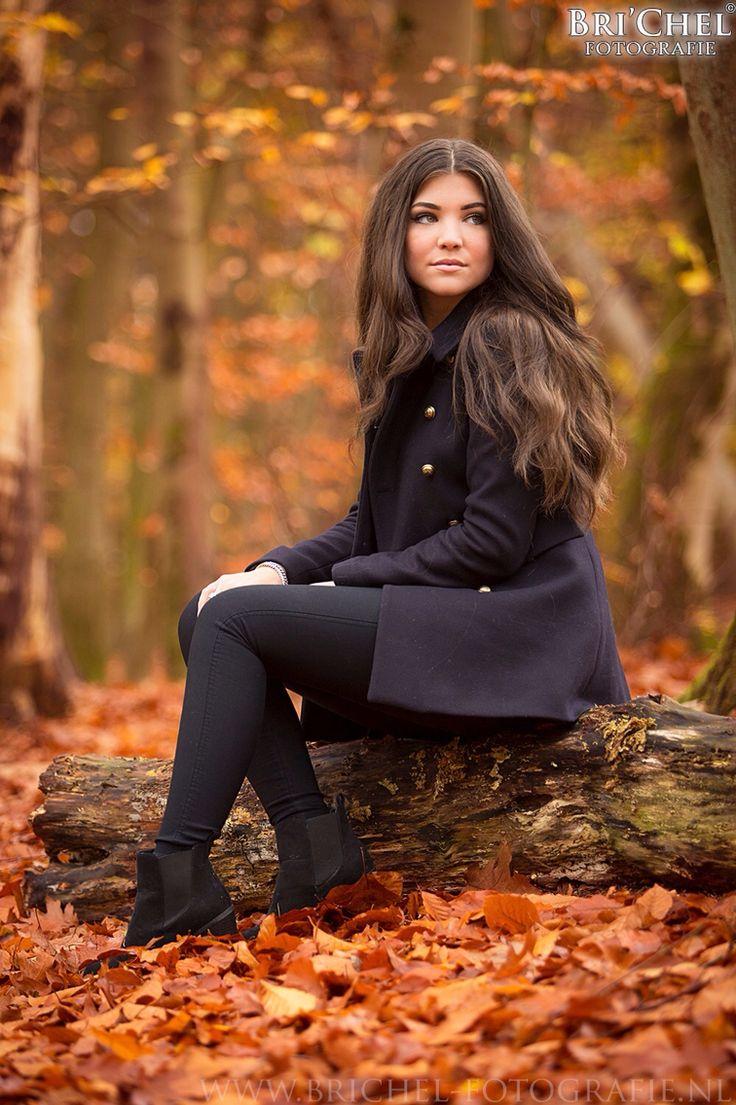 - Fotoshoot Manouk: shoot, model, herfst, autumm, photoshoot, photography, closeup, brichelfotografie, andrew raynor new hampshire