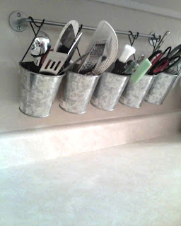 Corinner-Elly: Clean, Clear & Clutter-Free: Organizing Kitchen Utensils