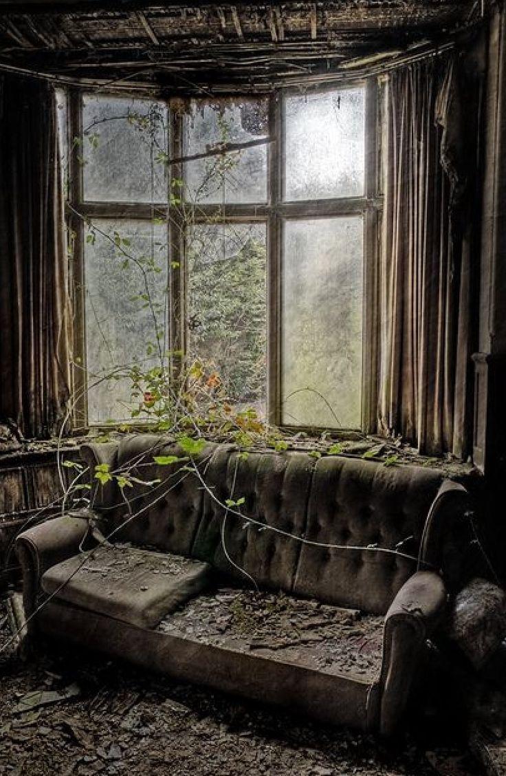 82 best abandoned images on pinterest abandoned places abandoned castles and ruins. Black Bedroom Furniture Sets. Home Design Ideas