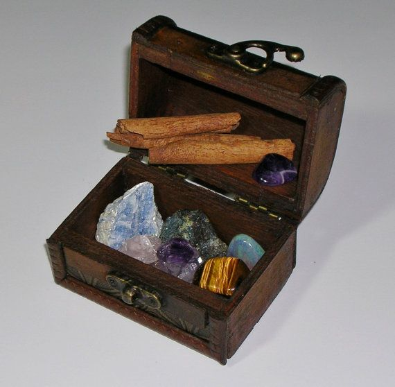 Antique Style Miniature Wooden Box  Gifts For от TheCharmedPath