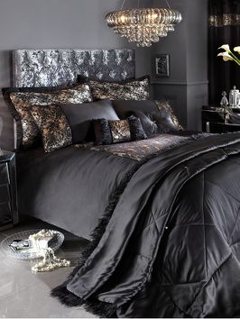 Laurence Llewelyn-Bowen Lauren Duvet Cover Set l Decorate In Style with http://www.very.co.uk/ #Home #Decorate #Duvet #Bedroom #Homeware #Furniture