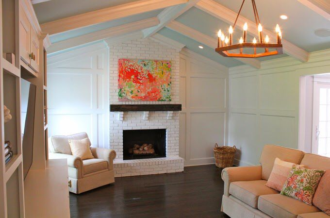 Vaulted ceiling with box beams