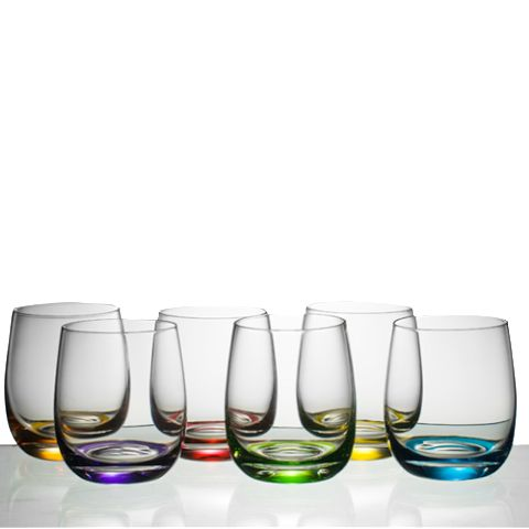 Stylish & Chic the perfect glass for entertaining #entertaining #colouredglasses #friends #interiordesign