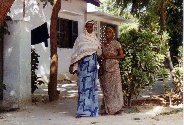 Girls, Mogadishu, 1986: foto fabiovincenti.