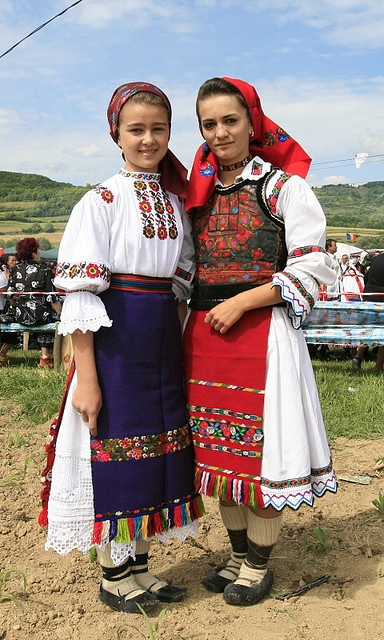 Romanian folk costumes from Libotin (left) and Ungureni (right), both from the…