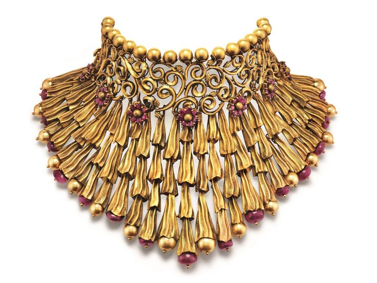 Necklace, Azva