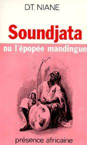 """Djibril Tamsir Niane s'est mis ici à l'écoute de l'Afrique traditionnelle. Les paroles qu'il nous propose sont paroles de griots. Nous apprenons l'histoire de l'Ancêtre du grand Manding, celui qui, par ses exploits, surpassa Alexandre, l'histoire du fils du Buffle, du fils du Lion : Soundjata, """" l 'homme aux noms multiples contre qui les sortilèges n'ont rien pu."""" [Decitre]"""