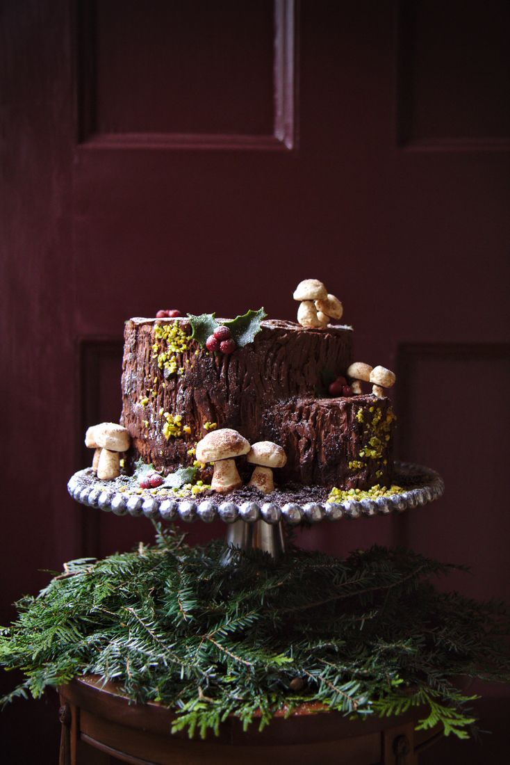 Tree stump cake - literally an upended Yule log - recipe & instructions for everything, mushroom meringues, forest floor dirt and moss.