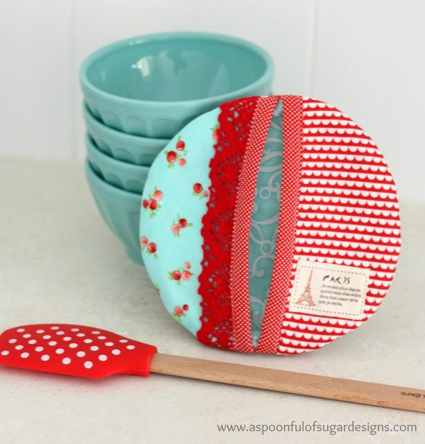 How to Make a Pot Holder | A Spoonful of Sugar Kitchen Shower thank you gifts? :)